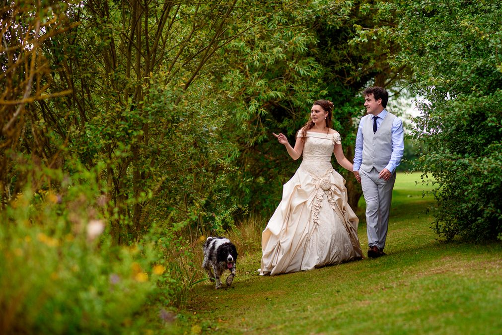Wedding couple photo shoot at Barleylands festival wedding