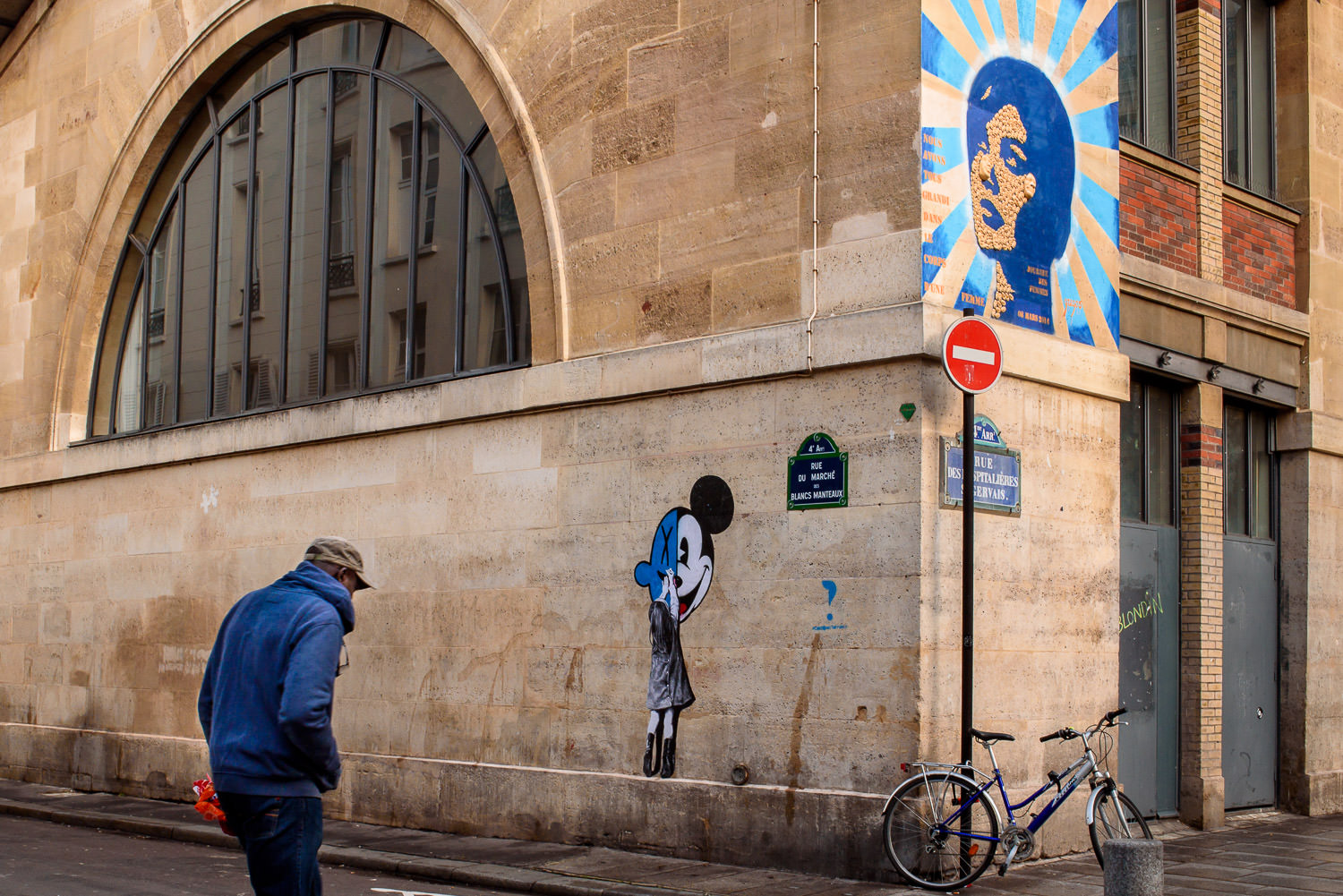 Blue Street art in Paris