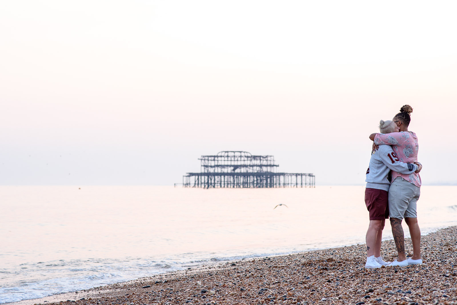 Brighton couple photo shoot with the west pier