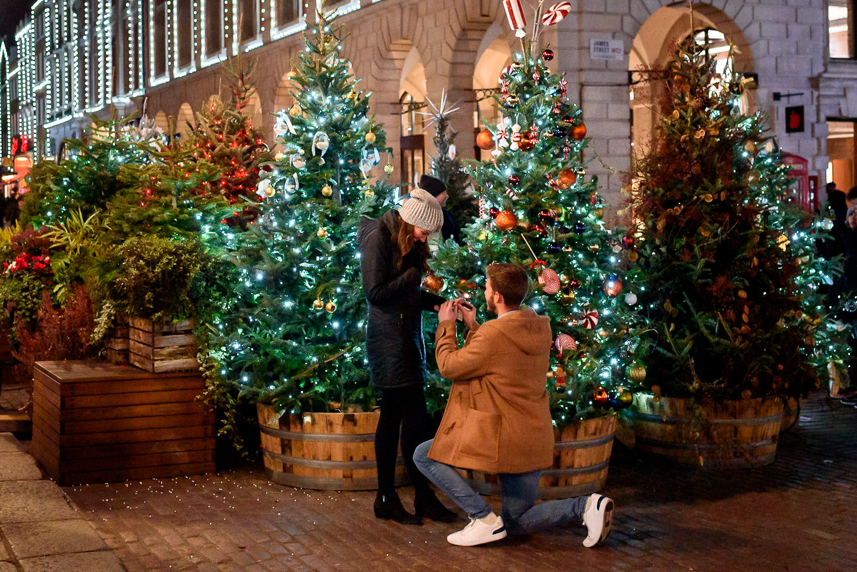 London Proposal photography with fairy lights